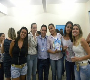 Alunos do Curso de Recursos Humanos do UNIARAXÁ desenvolvem atividades de para empresas locais