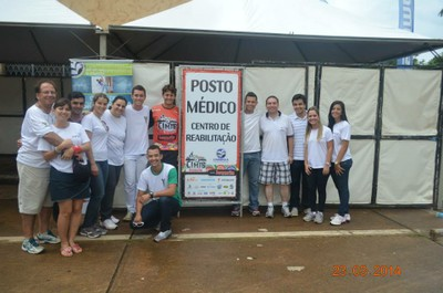 Alunos do UNIARAXÁ realizam pesquisa durante Copa de Mountain Bike