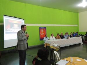 Parcerias entre entidades e empresas beneficiam alunos com bolsas no UNIARAXÁ