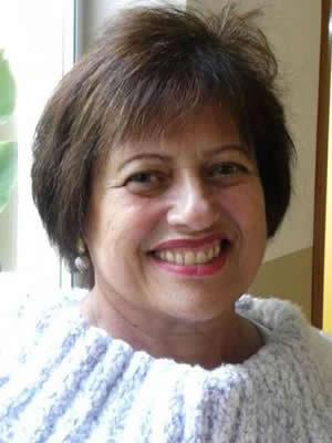 Profa. Mª Adriene de Oliveira Coimbra