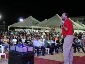 Mostra de Profissões e Semana da Ciência e Tecnologia atraem visitantes ao UNIARAXÁ