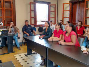 Alunos de Ciências Contábeis do UNIARAXÁ realizam visita técnica
