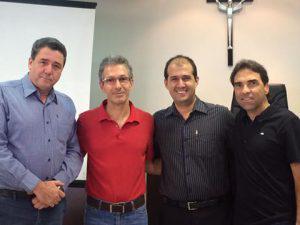 Empresário Romeu Zema Neto ministra palestra para alunos da Pós Graduação do UNIARAXÁ