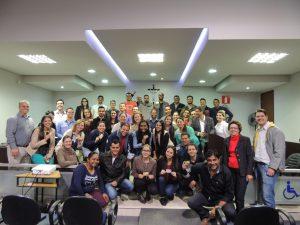 UNIARAXÁ e CREA-MG entregam carteirinhas para egressos dos Cursos de Engenharia