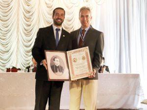 Reitor José Oscar de Melo é agraciado com Medalha Dom José Gaspar