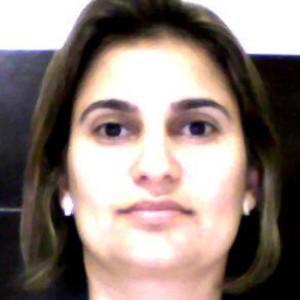 PROFA. M.E LARISSA BORGES DE RESENDE MALDONADO