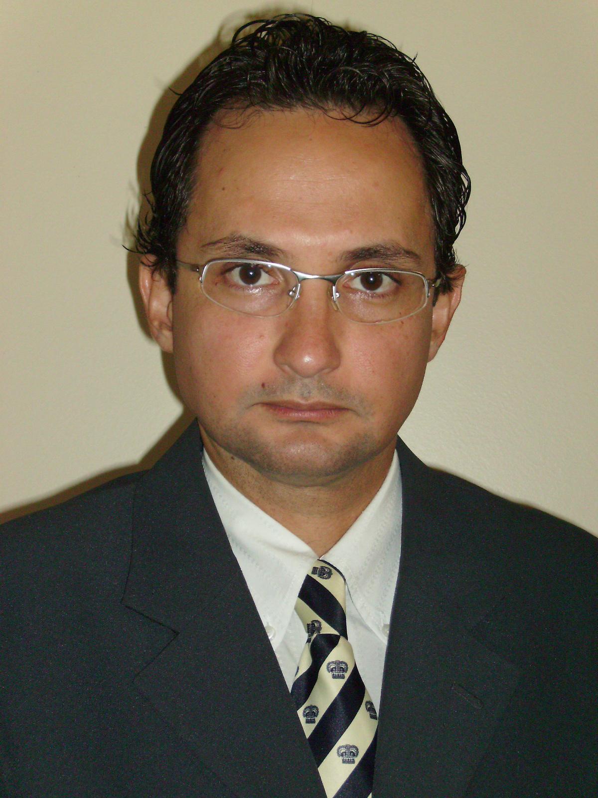 PROF. DR. MARCELO CARDOSO PEREIRA
