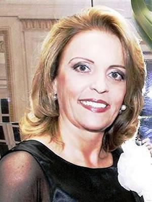 Profa. Catia Maria Lemos Melo Zema